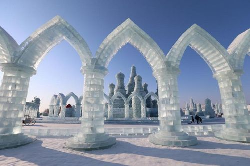 Harbin is known as the ice city of China. During winters the major attractions here are the Harbin International Ice and Snow Sculpture Festival. This is the largest know snow festival in the world which is spread on either side of Songhua River.